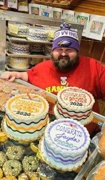 JOYStory: A Bakery Is Giving Away Graduation Cakes!