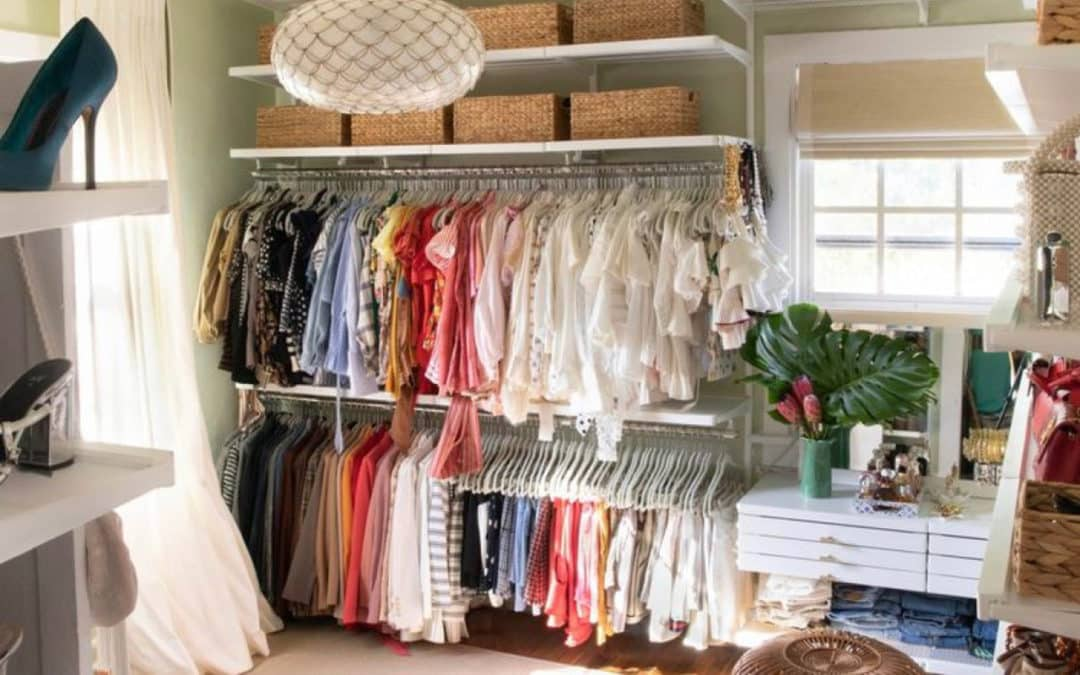 How To Easy-Clean Your Closet